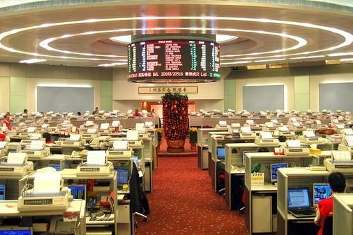 выйти на биржу в Гонконге