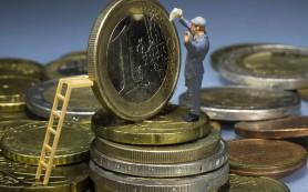 Зарплаты не выбрались изкризиса