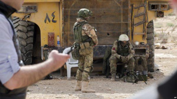 Российские офицеры попали в засаду